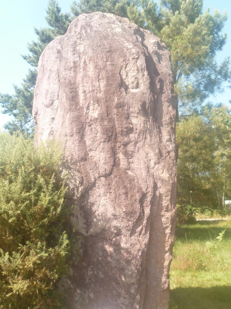 Menhir de Monteneuf