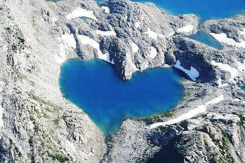 Coeur lac shimshal cachemire