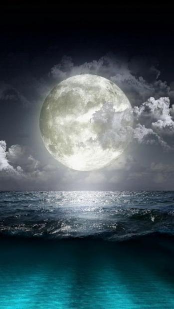 Pleine lune mer